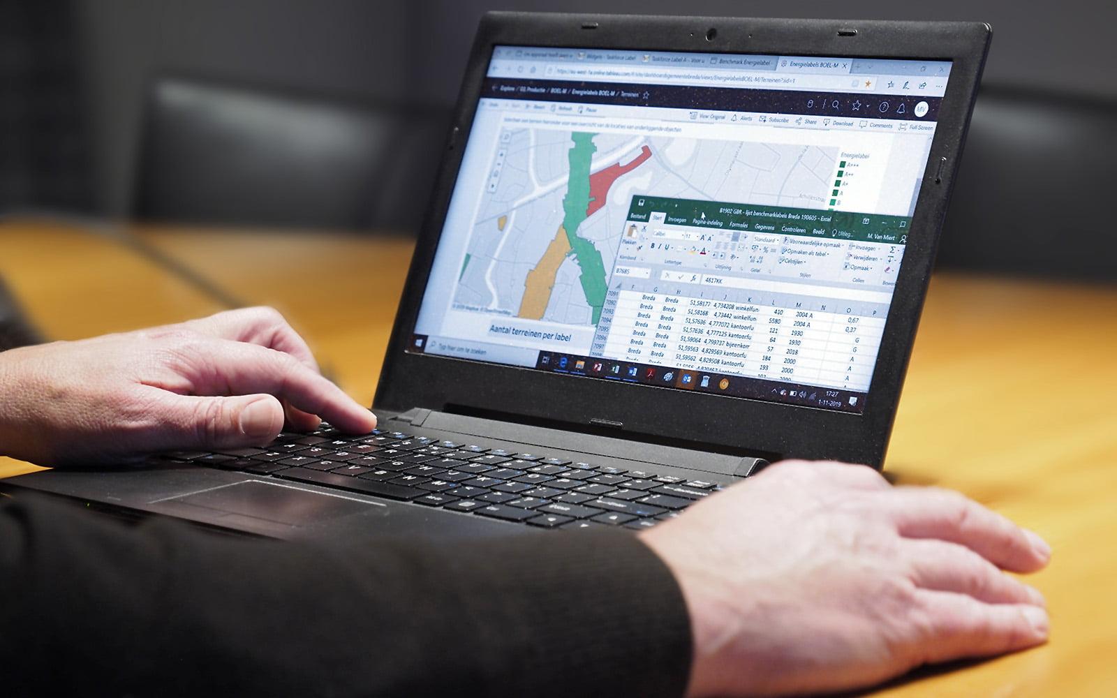 Tableau software op laptop